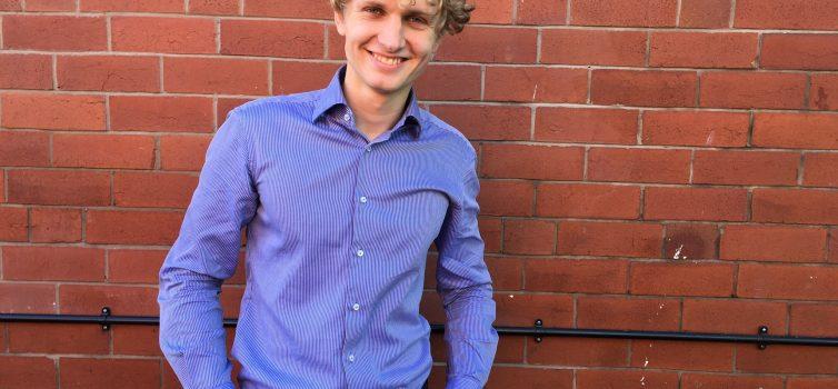 Webdesigner Michaell: Na Jáudělám mě může klient kontaktovat, i když jsem offline